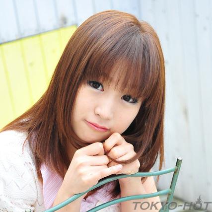 七草アンナ